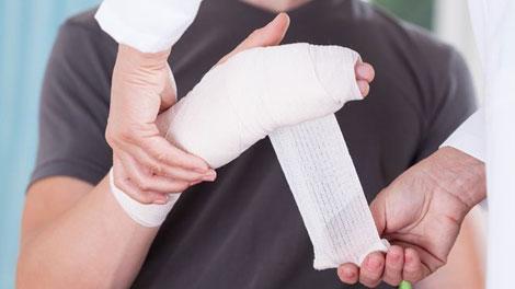 Mengobati Cedera Anak di Rumah - www.alodokter.com