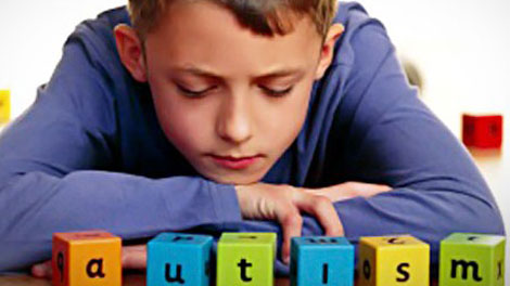 anak autis - cirianakautis.com