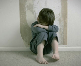 Pengidap Pedofilia Seharusnya Menjalani Pengobatan dan Terapi