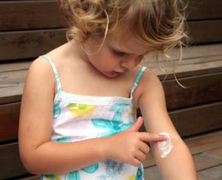 Gangguan dan Masalah Kulit pada Anak : Dermatitis atau Ruam