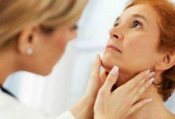 Hipotiroidisme Ringan, Pengobatan dan Risiko