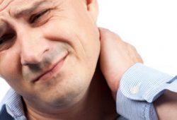 Penyebab Nyeri di Leher dan Cara Mengatasinya