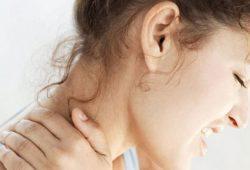 Tips Simpel Mencegah Nyeri pada Leher