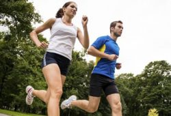 Olahraga mampu  meningkatkan memori pada otak dan kecakapan berpikir