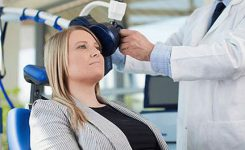 Transcranial-Magnetic-Stimu