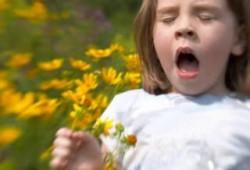 Tips Meredakan Gejala Alergi pada Anak