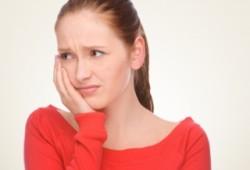 Mengapa Gigi Berlubang dapat Menimbulkan Rasa Nyeri (Sakit) ?