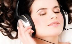 pengguna-headset