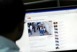 Kecanduan Internet Picu Gangguan Jiwa