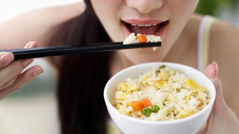 makan nasi putih - food.detik.com