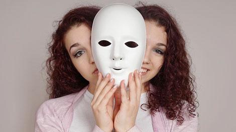 Bipolar Disorder - www.stylecraze.com