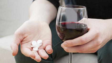 Kecanduan Obat dan Alkohol - www.correofarmaceutico.com