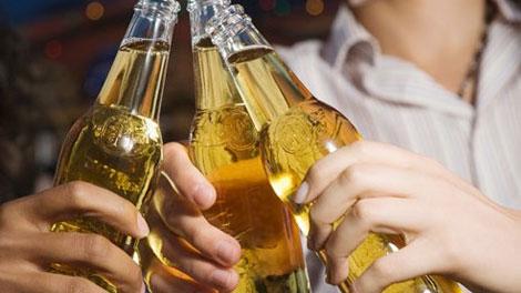 Remaja Minum Alkohol - duniafitnes.com