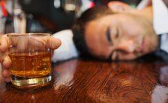 Alkohol-Tiap-Hari-Risiko-Ke