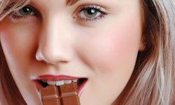 Cokelat Ampuh Kurangi Risiko Penyakit Jantung & Demensia?
