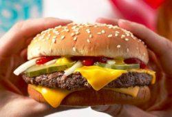 Awas, Fast Food & Makanan Olahan Masih Tinggi Sodium