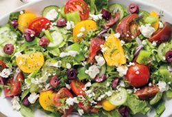 5 Kesalahan dalam Membuat Salad yang Sehat