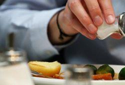 Makanan Tinggi Garam Ternyata Berefek Buruk pada Otak