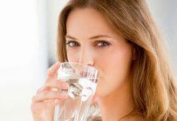 Manfaat Besar Air Putih Untuk Diet Turunkan Berat Badan