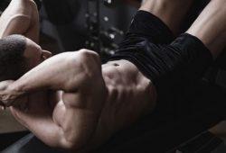 Ini Cara Terbaik Membentuk Otot Perut