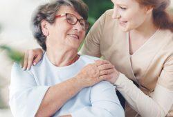 Bukan Obat, Ini Tips Mengelola Agitasi pada Pasien Demensia