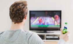 Awas, Menonton Olahraga Bisa Ganggu Kesehatan Anda