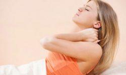 Meregangkan Leher Bisa Sebabkan Stroke?