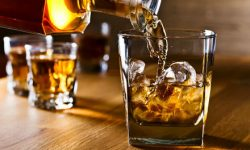 Studi: Kebiasaan Minum Alkohol Berdampak Buruk pada Orang Lain