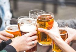 Memilah Efek Kesehatan Minuman Beralkohol