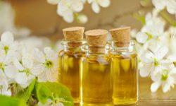 Manfaat dan Efek Samping Minyak Esensial