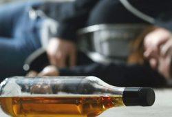 Ini Alasan Mengapa Pecandu Alkohol Butuh Relasi Sosial