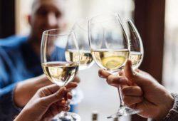 Mengenal dan Mengobati Gangguan Penggunaan Alkohol