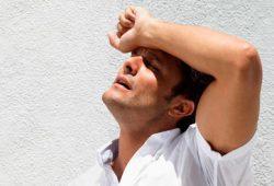 Tips Cegah Heat Stroke & Penyakit Terkait Suhu Panas
