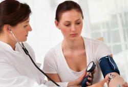 Tekanan Darah Tinggi Ancam Penyumbatan Pembuluh Darah di Otak