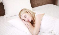 Terlalu Banyak Tidur Tingkatkan Risiko Stroke?
