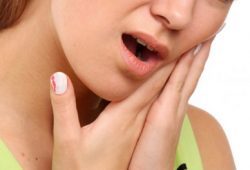 Cara Medis untuk Mengobati Sakit gigi dan Gusi bengkak dengan Cepat